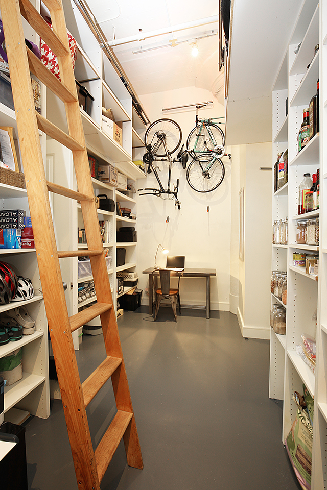 vert storage room