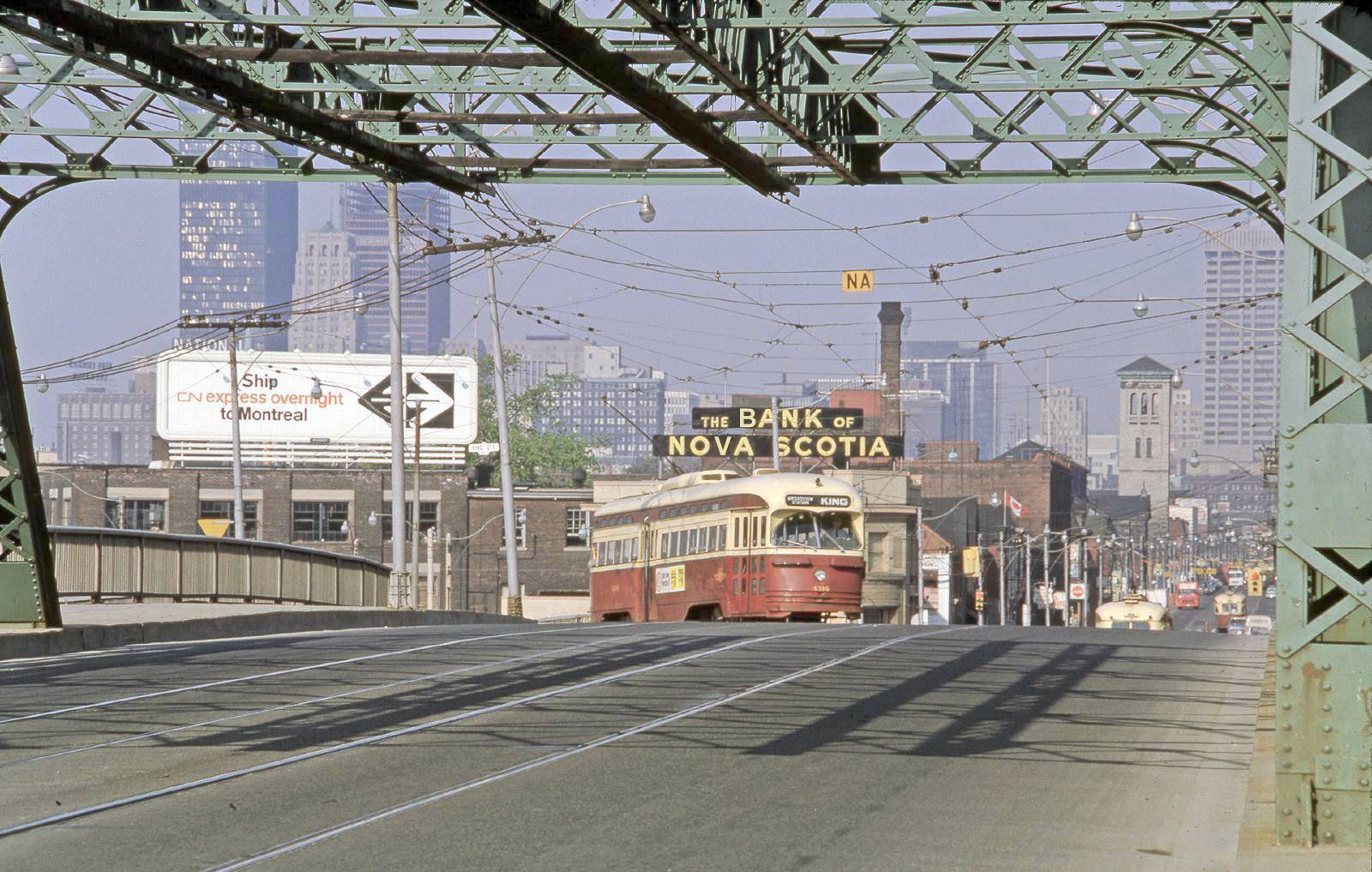 Queen Don river bridge 1968