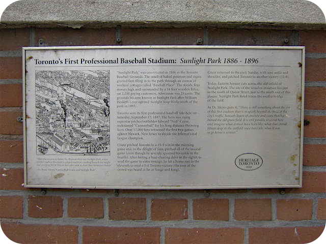 Torontos_First_Professional_Baseball_Stadium_Plaque