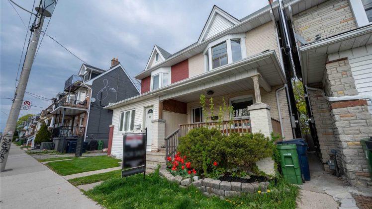 New Toronto Listing: 149 Greenwood Ave