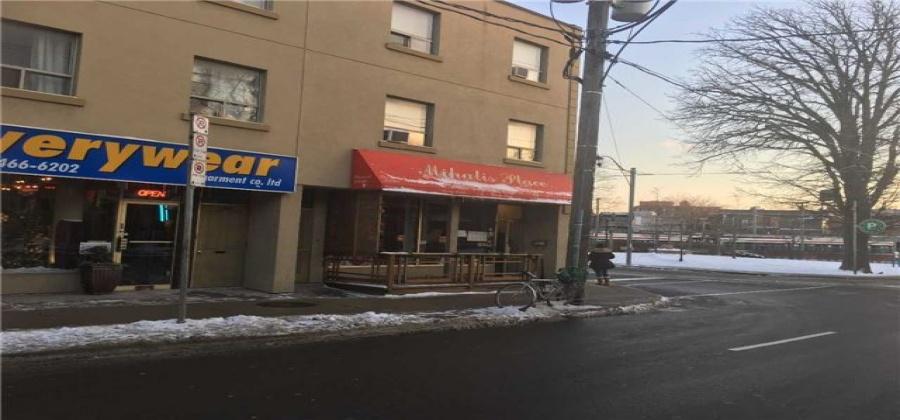 Toronto,Ontario M4K2P8,Sale of business,Broadview,E4031049