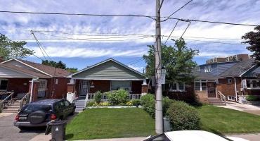 Toronto, Ontario M4C 1Z4, 2 Bedrooms Bedrooms, ,2 BathroomsBathrooms,Detached,Sale,Rosevear,E5224004