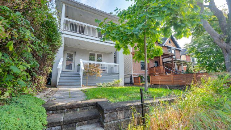 New Toronto Listing: 11 Redwood Ave